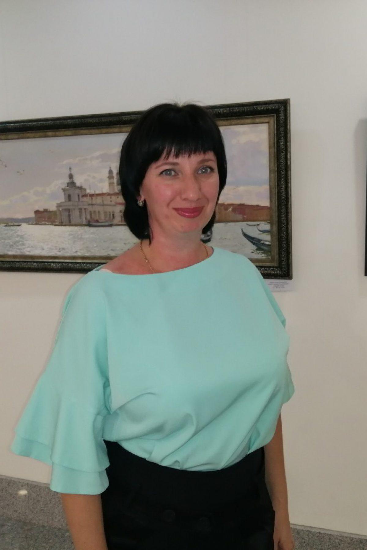 Сироткина Марина Владимировна, заместитель директора по работе с сельскими учреждениями